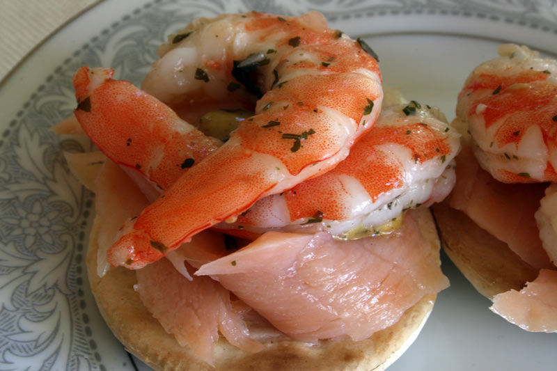 Lemon cilantro Shrimp Cracker - Great appetizer