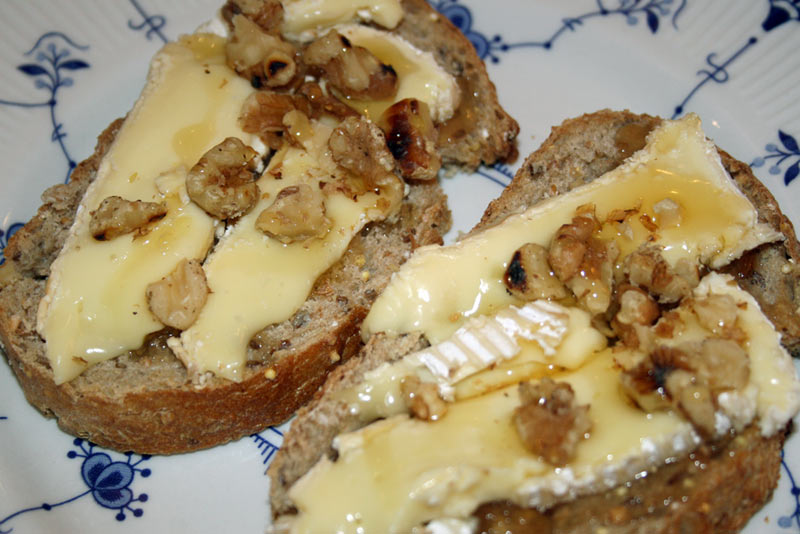 Honey and Brie Sandwich with Walnuts