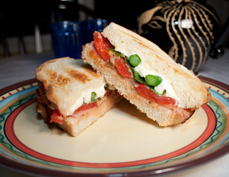 Grilled Portabella Sandwiches With Tomatoes, Mozzarella & Basil ...