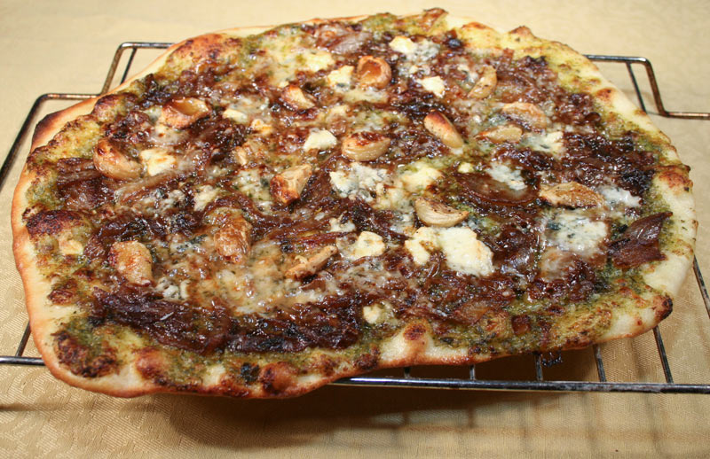 Caramelized Onion Pizza with Roquefort and Roasted Garlic and Pesto ...