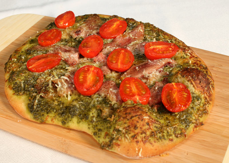 Ham And Tomato Pizza With Pesto