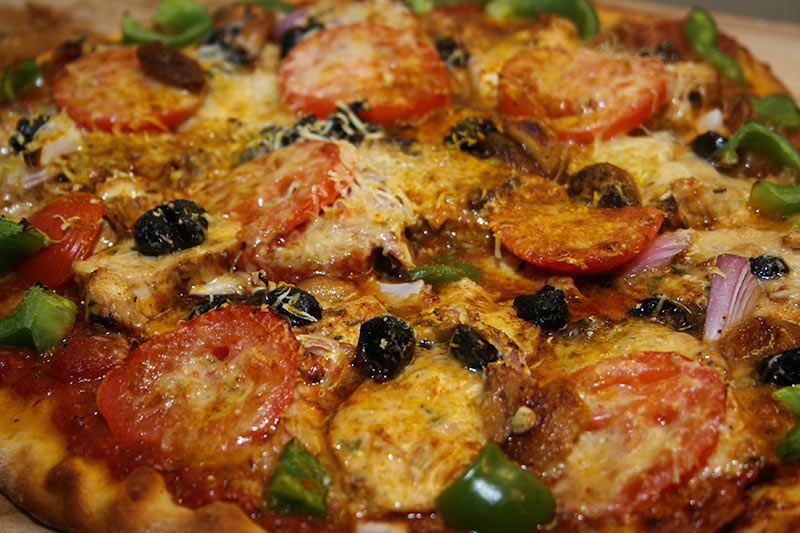 Pizza: Green peppers, Tomatoes, Olives, Parmasan/Pecorino Romano Cheese, Grilled Chicken
