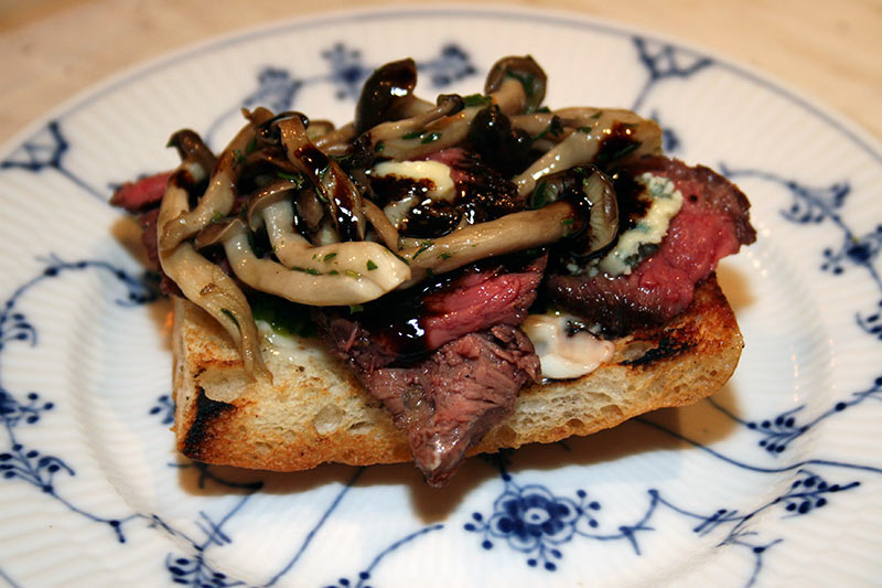 Steak Sandwich With Shimeji Mushrooms, Gorgonzola Cheese And Balsamic Vinegar Reduction